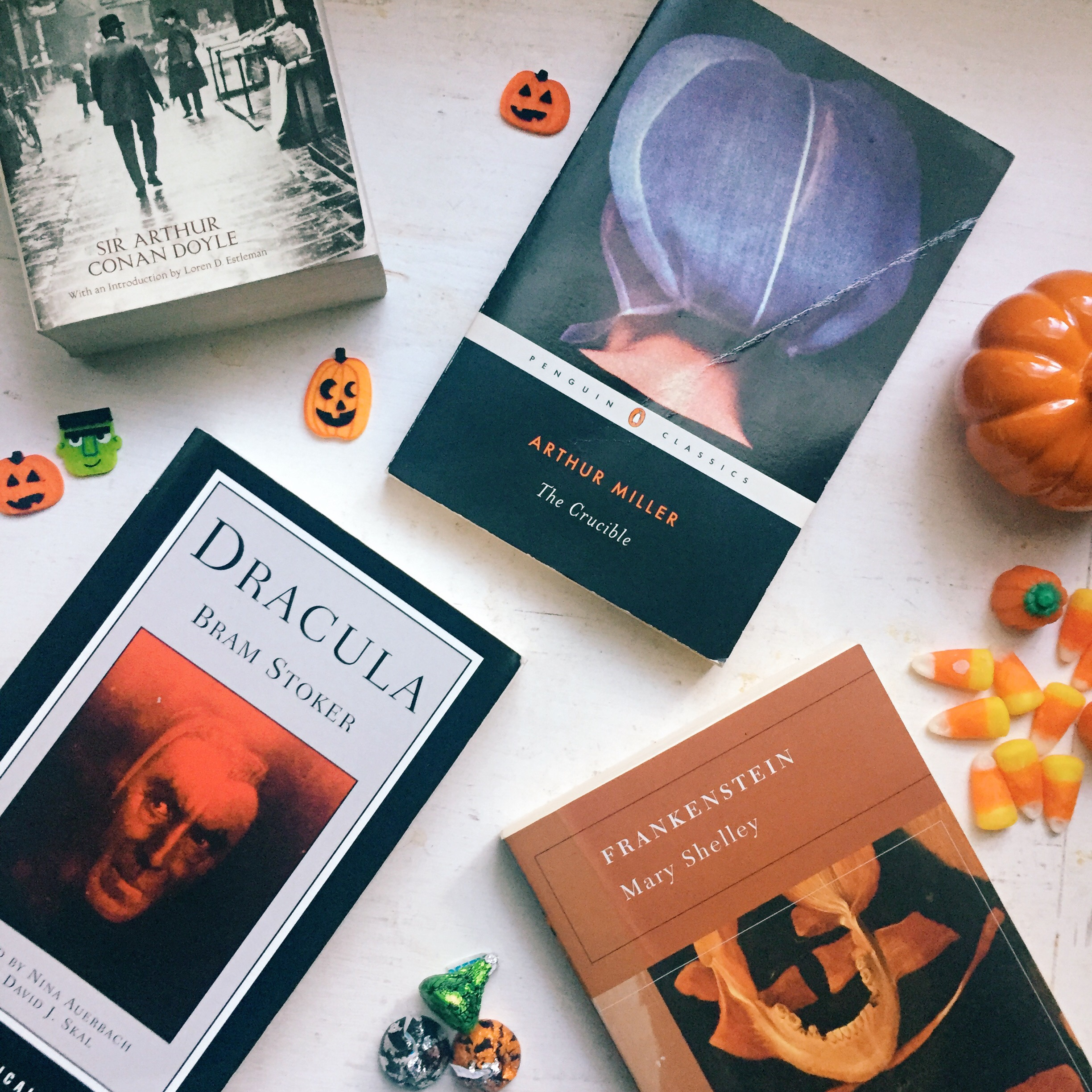 9 Classic Halloween Stories
